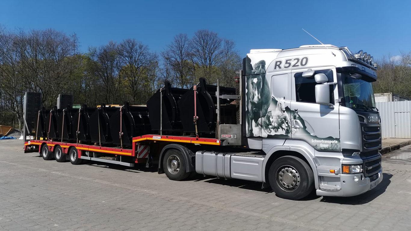 Scania R520 Schaufeltransport THW