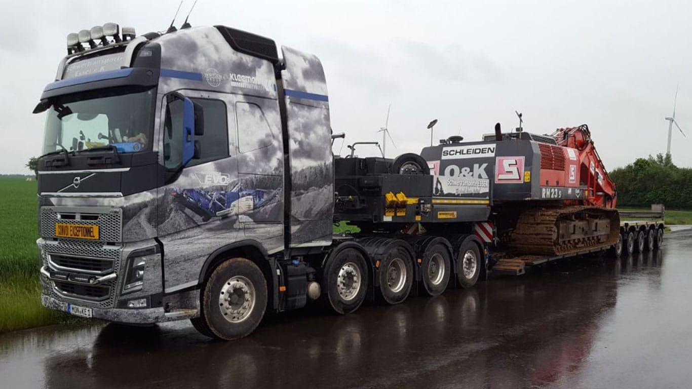 Volvo FH 750 mit OK Bagger 23RH S
