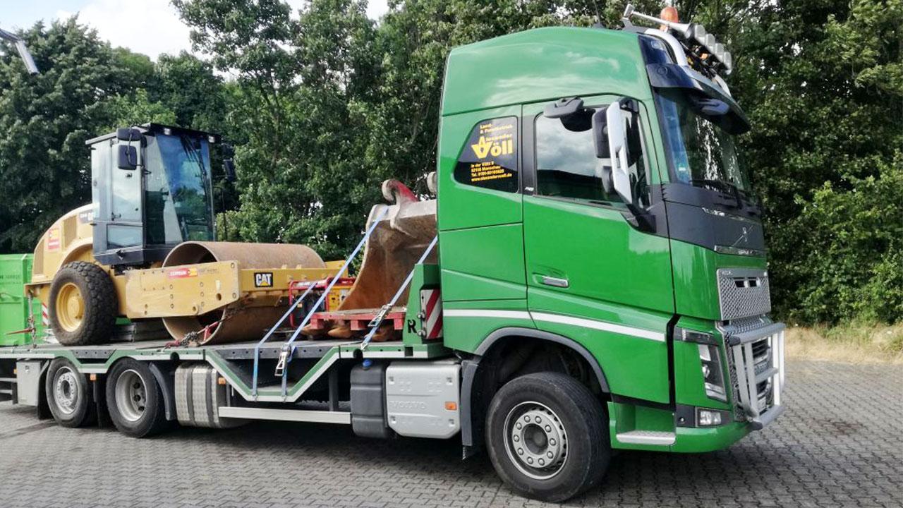Volvo FH 660 mit Planierraupen Transport