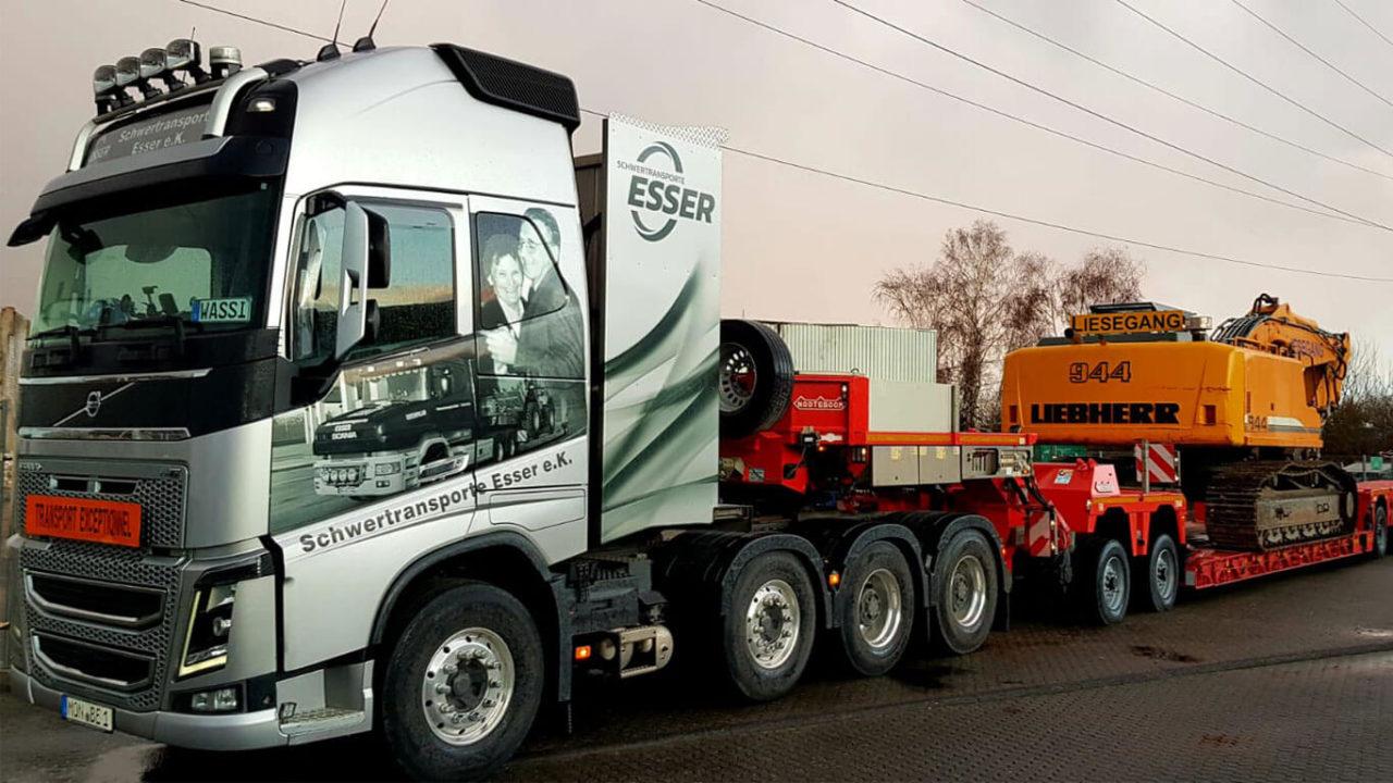 Volvo-FH16-Volvo FH16 750 4-Achser Liebherr Kettenbagger 944 2